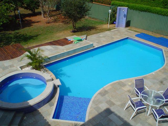 Piscinas em vinil for Modelos de piscinas caseras